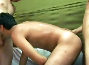 Gay,Gay Amateur,Gay Threesome,gay hardcore,gay,amateur,ass fucing,threesome,doggy style,cock sucking,blowjob,BJ,dick sucking,average dick,hairy,short hair,Black Hair,anal,anal sex,hardcore anal,gnz Hardcore Gay...