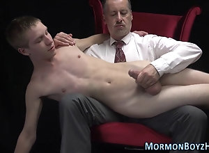 dildo,hd Ass toyed mormon...