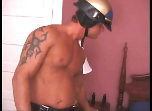 solo;muscle;cop;strip;ass,Solo Male;Gay;Hunks Muscle cop at...
