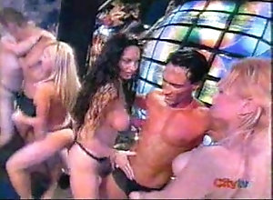 stripper,gay,gogoboy,gay Vitamina Striptease