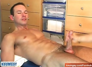 keumgay;big-cock;massage;gay;hunk;jerking-off;huge-cock;dick;straight-guy;serviced;muscle;cock;get-wanked;wank,Muscle;Big Dick;Gay Marco, Handsome...