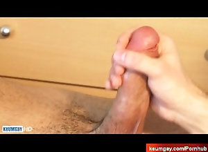 keumgay;massage;gay;hunk;jerking-off;huge-cock;cumshot;straight-guy;serviced;hand-job;cock;get-wanked;wank,Massage;Muscle;Gay The arab male...
