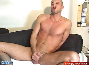keumgay;massage;gay;hunk;jerking-off;huge-cock;dick;straight-guy;serviced;muscle;cock;get-wanked;wank,Muscle;Gay;Straight Guys My str8 neighbour...