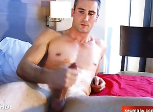 keumgay;big-cock;massage;gay;hunk;jerking-off;huge-cock;dick;straight-guy;serviced;muscle;cock;get-wanked;wank,Muscle;Big Dick;Gay Guille, Handsome...