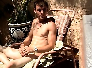 Gay,Gay Outdoor,Gay Masturbation Solo,adam hess,solo,masturbation,brown hair,short hair,young men,cum jerking off,american,gay,outdoor Hung Uncut...